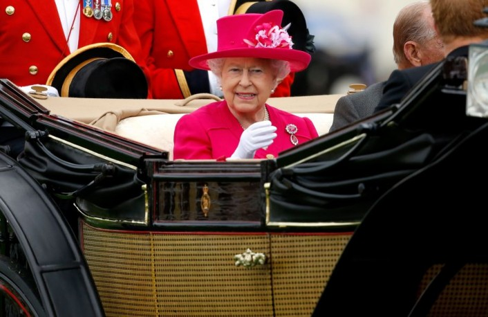 Royal Ascot: What colour hat will the Queen wear on day two?